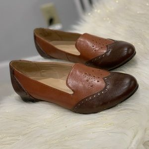 Naturalizer brown flats size 8M